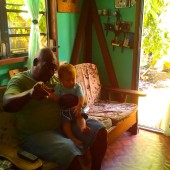 Staś ze Stev'em, naszym wieloletnim przyjacielem z Dominiki