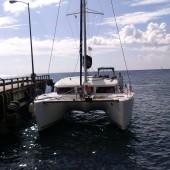 s/y Four IV (Lagoon 400) - tankujemy najlepszą ii najtańszą wodę na Karaibach
