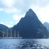 Pitony na St. Lucii i STS Royal Clipper