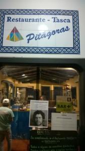 Tawerna o wdzięcznej nazwie Pitagoras na początek i koniec rejsu => super kalmary, polecamy! (Port Radazul, Teneryfa)