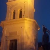 charakterystyczny zegar na Poros