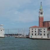 ..a tutaj St Georgios - marina na wyspie na przeciwko placu Św. Marka