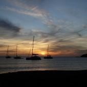 ..a na noc popłynęliśmy na Tobago Keys...