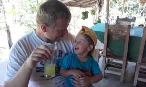 ..piliśmy sok z trzciny cukrowej...