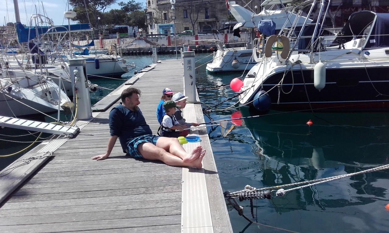 Z dziećmi na Malcie