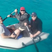 ..po Jackowym stawaniu na sztorc pontonem - pozostały już tylko wiosełka :-)