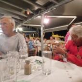 ..tutaj w Poros poznaliśmy parę starszych państwa, którzy przez 10 lat pływali dookoła świata...