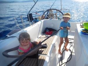 ...dzieci pomagały przy pracach pokładowych...