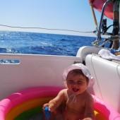 ...kąpaliśmy się w jachtowym baseniku...