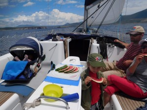 ...mieliśmy jeszcze sporo czasu, żeby zwiedzić mało znany żeglarzom trójząb  Peloponezu...
