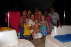 od lewej: Steave, Ania, Madzia, Gosia, Jamajka, Ania, Dorin, Jurek oraz Ola, Ania i Stasiu