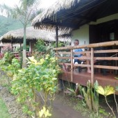 Dolecieliśmy na Tahiti, tam pierwszy nocleg...