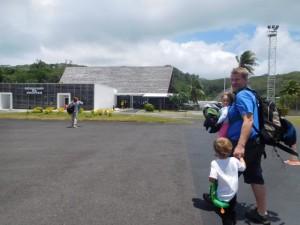 ..znów się udało :-) - jesteśmy na lotnisku w Raiatea