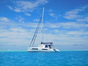 ..okrętujemy się na nasz wyczarterowany jacht...