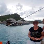 Renia i Ela - żeglujemy wzdłuż Bora Bora