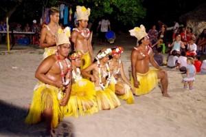 Champon, Ficus Restaurant, Tahaa - polecamy lokalną kolację z tańcami na żywo